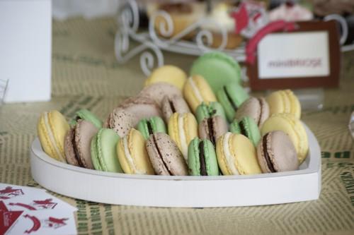 Macarons - Candy Bar - Ciocolata cu Menta, Lamaie, Ciocolata cu Cafea
